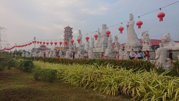 Visiting sites 1 - buddhist temple 2.1
