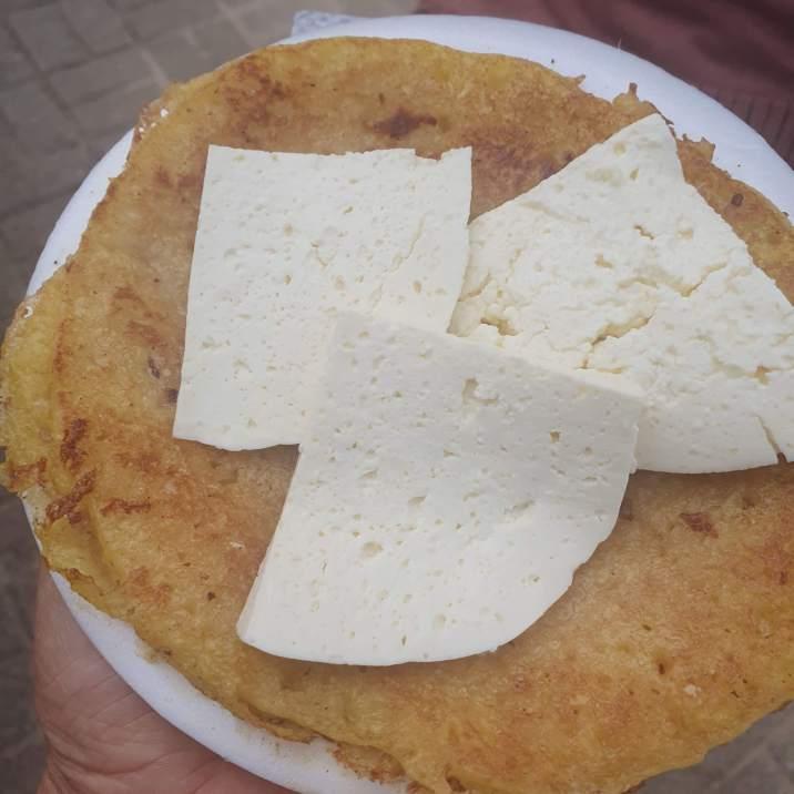 colombian food - street arepa